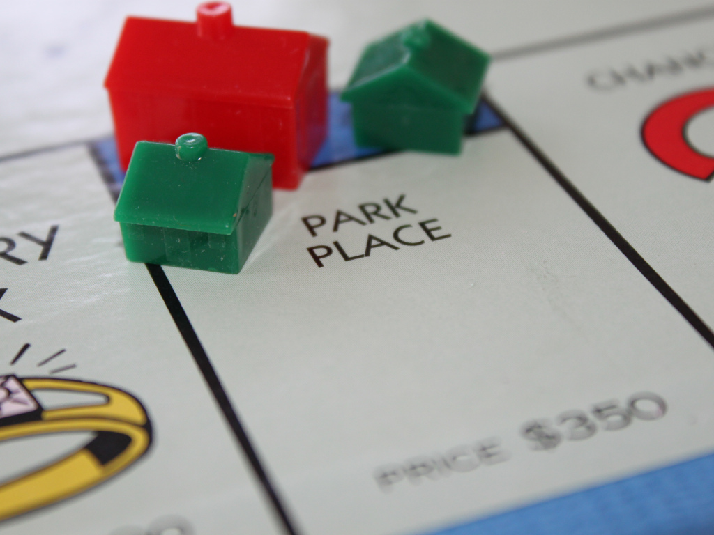 Tips for succeeding in Monopoly and Tips for Investing in Property bear striking similarities to each other ... photo by CC user Philip Taylor on Flickr